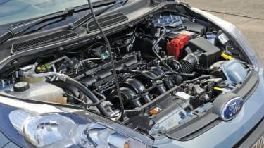Ford Firsta Edge engine bay
