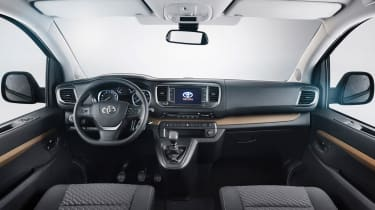 Toyota Proace Verso 2016 - interior