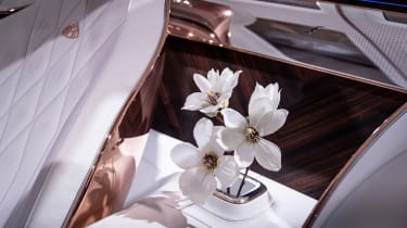 Vision Mercedes-Maybach Ultimate Luxury concept - flower