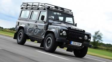 Land Rover Defender 110 Adventure front