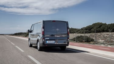 2019 Renault Trafic rear action