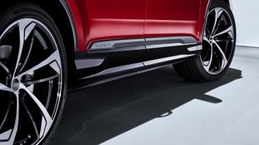 Audi Q7 - studio side detail