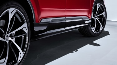 Audi Q7 - studio side detail