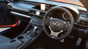 Lexus RC 200t - interior