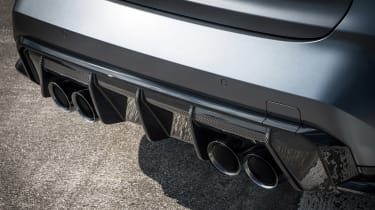 BMW M3 Competition xDrive - exhausts