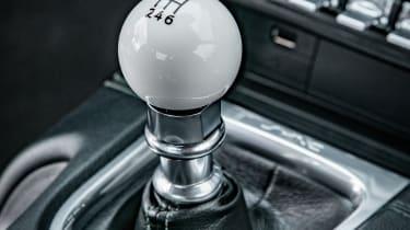 ford mustang bullitt interior detail gearstick