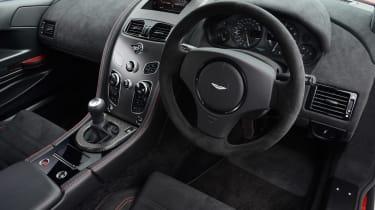 Aston Martin Vantage GT8 - dash