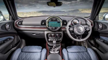 MINI Cooper D Clubman 2015 interior