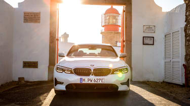 BMW 330e - full front