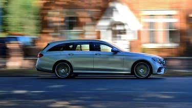 Mercedes E-Class Estate E220d UK - side action