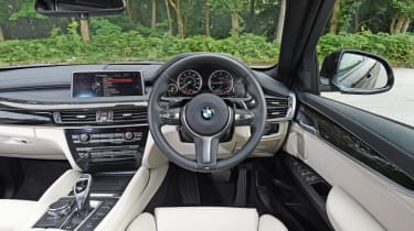 Used BMW X6 - dash
