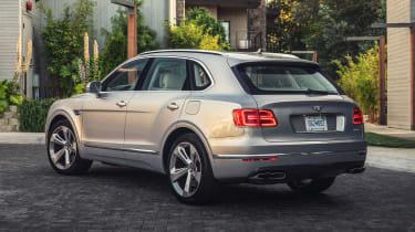 Bentley Bentayga Hybrid - rear static