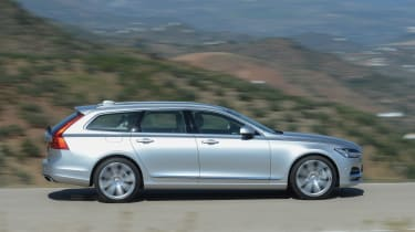 Volvo V90 - full side driving