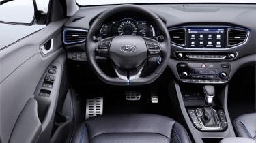 Hyundai Ioniq - interior official 2