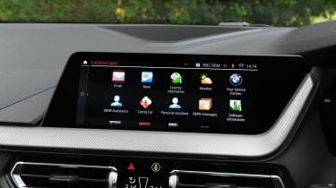 BMW 1 Series - dash