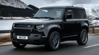 Land Rover Defender 90 V8 - front action