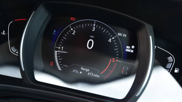 Renault Kadjar - long term dials