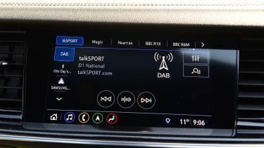 Vauxhall Insignia Grand Sport - infotainment
