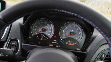 BMW M2 - dials