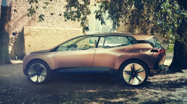 BMW Vision iNEXT concept - side
