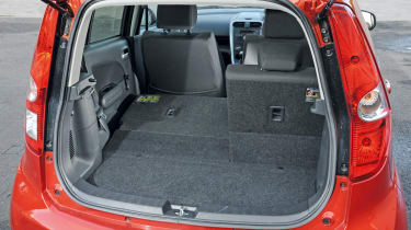 Suzuki Splash SZ3 boot