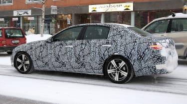Mercedes C-Class - spyshot 5
