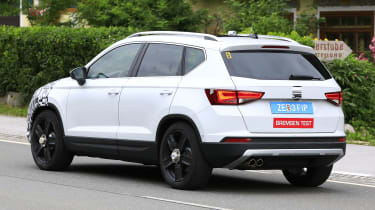 SEAT Ateca spied - frear 3/4 tracking