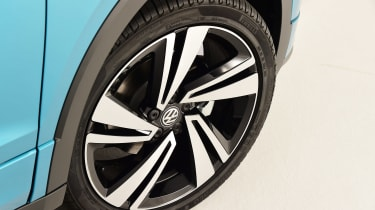 Volkswagen T-Cross - studio wheel