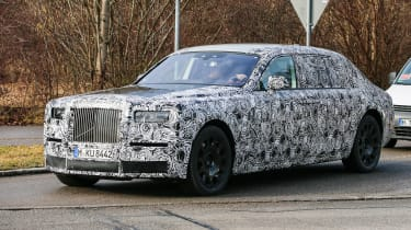 Rolls Royce Phantom 2017 side front