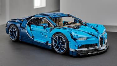 Bugatti Chiron LEGO - front