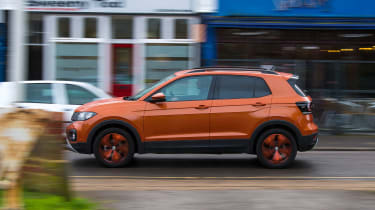 Volkswagen T-Cross 1.0 TSI - long termer first report side action