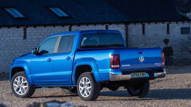 Volkswagen Amarok pick-up 2016 - rear