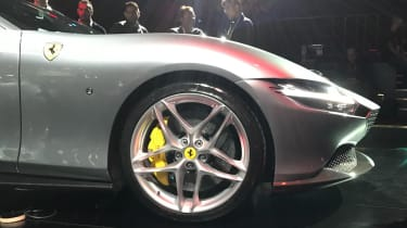 Ferrari Roma - reveal wheel