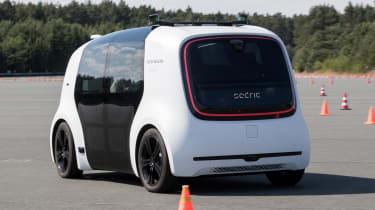 Volkswagen Sedric - action