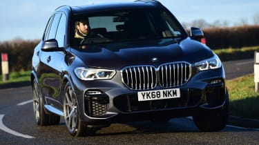 BMW X5 - front cornering