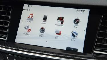 Vauxhall Insignia Sports Tourer - infotainment
