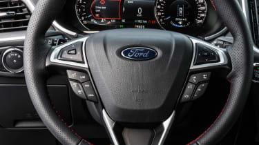 Ford Edge facelift 2018 steering wheel