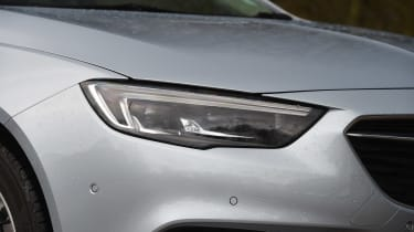 Vauxhall Insignia Sports Tourer - front lights