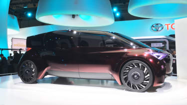 Toyota Fine-Comfort Ride concept - Tokyo side static