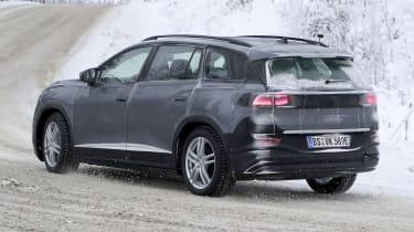 Volkswagen ID.6 - spy