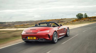 Mercedes-AMG GTC Cabriolet - rear panning