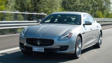 Maserati Quattroporte S front tracking
