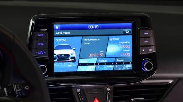 Hyundai i30 Fastback N - infotainment