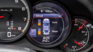 Porsche 911 Turbo S 2016 - instrument data