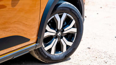 Dacia Sandero Stepway long termer - first report wheel