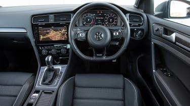 Used Volkswagen Golf R - dash