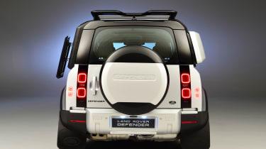 Land Rover Defender - studio full rear