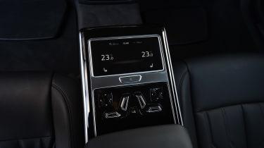 Audi A8 - vents