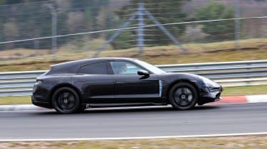Porsche Taycan Sport Turismo - spyshot 10