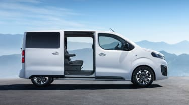 Vauxhall Vivaro Life - side static